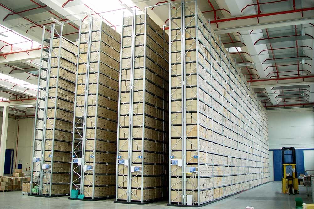 Scaffali in metallo e scaffalature metalliche a ottimi prezzi